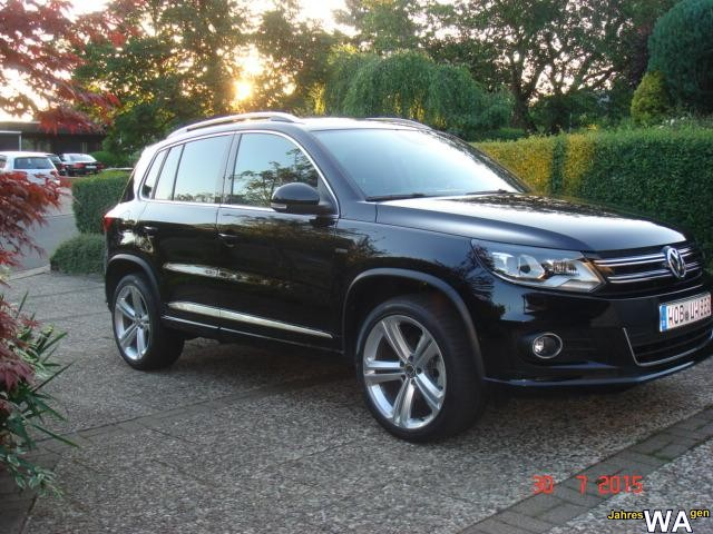 euro f r einen volkswagen tiguan jahreswagen mit 9800 km. Black Bedroom Furniture Sets. Home Design Ideas