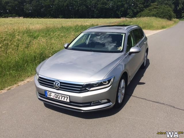 euro f r einen volkswagen passat variant jahreswagen mit 23200 km. Black Bedroom Furniture Sets. Home Design Ideas