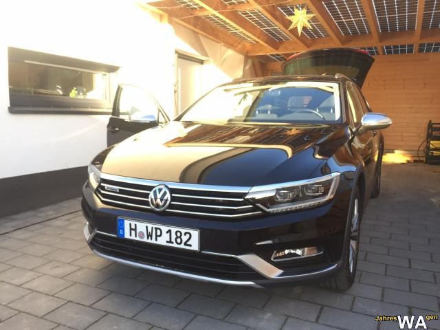 euro f r einen volkswagen passat alltrac jahreswagen mit 20500 km. Black Bedroom Furniture Sets. Home Design Ideas