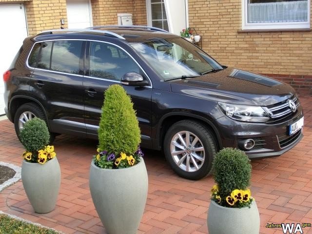euro f r einen volkswagen tiguan jahreswagen mit 14900 km. Black Bedroom Furniture Sets. Home Design Ideas